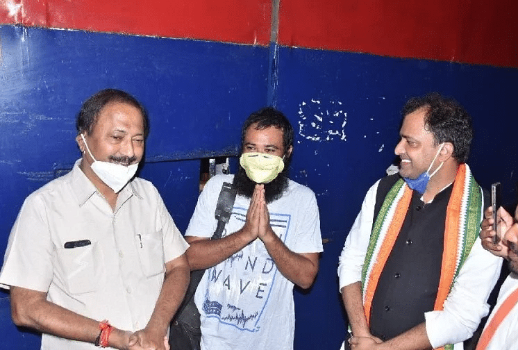 मथुरा जेल से रिहा डॉ. कफील खान