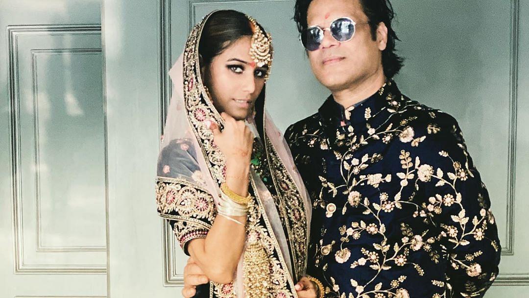पूनम पांडेय ने गुपचुप रचाई शादी, सोशल मीडिया पर शेयर की हल्दी से लेकर शादी तक की तस्वीरें