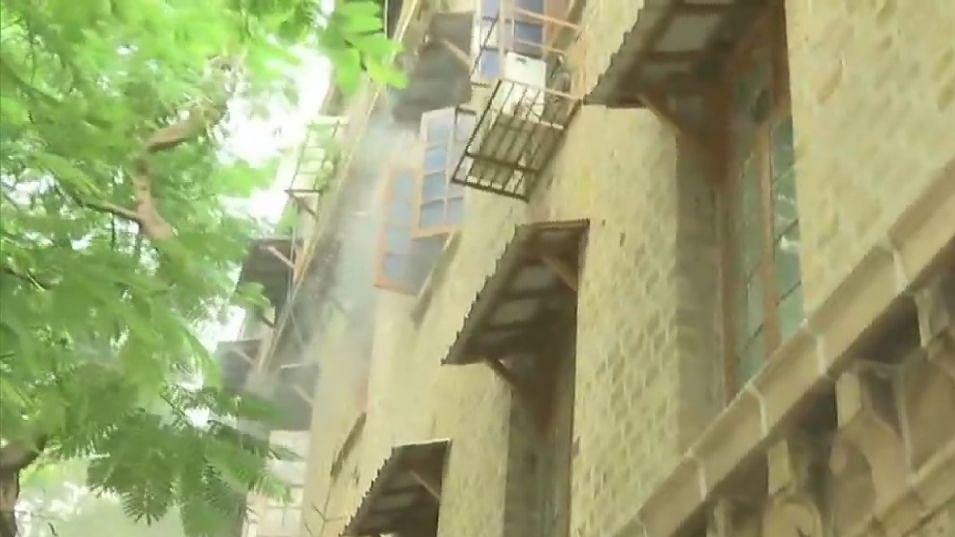 मुंबई में एक्सचेंज बिल्डिंग में लगी आग, तीसरी मंजिल में है NCB का ऑफिस