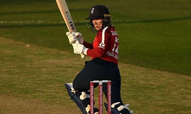 महिला क्रिकेट: इंग्लैंड ने पहले T-20 में वेस्टइंडीज को हराया