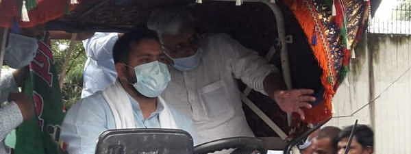 कृषि बिल के खिलाफ पटना की सड़कों पर ट्रैक्टर लेकर उतरे तेजस्वी, पप्पू यादव