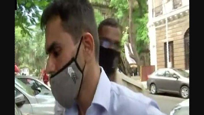 सुशांत केस: गोवा का ड्रग पेडलर क्रिस कोस्टा न्यायिक हिरासत में, अब तक 17 लोग NCB की पकड़ में