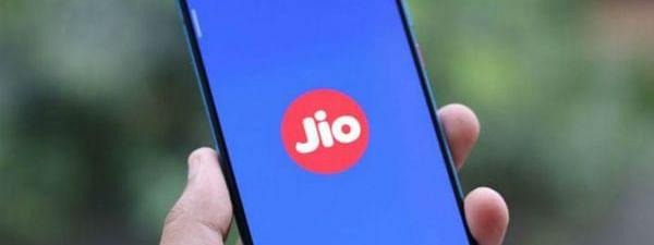 JIO ने लॉन्च किए नए क्रिकेट प्लान्स, घर बैठे देखें IPL-13