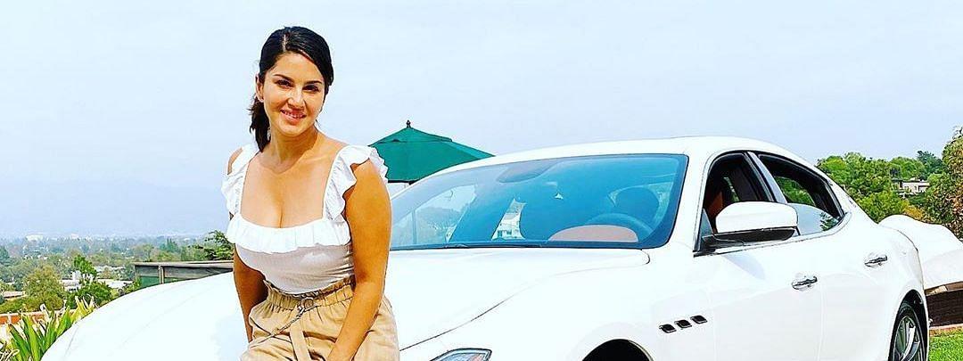 Sunny Leone ने खरीदी नई Maserati कार, सोशल मीडिया पर शेयर की तस्वीर