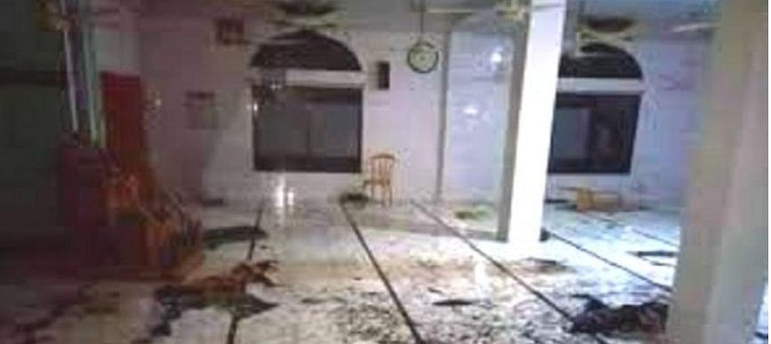 बांग्लादेश: मस्जिद में इकट्ठे 6 AC फटने से मरने वालों की संख्या बढ़कर हुई 27, जिंदगी और मौत से जूझ रहे 9 लोग