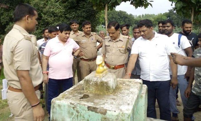 UP: तोड़ी गईं बुद्ध और अंबेडकर की मूर्तियां, इलाके में तनाव..आरोपियों की तलाश जारी