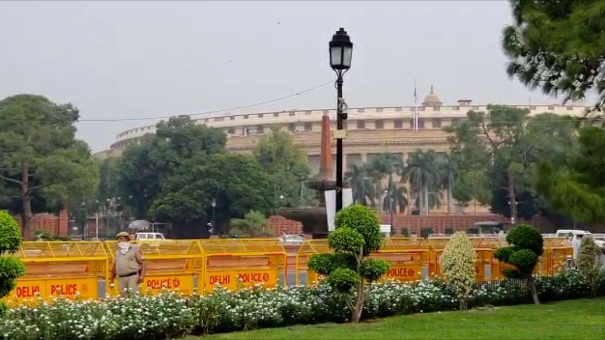 दिवंगत सांसदों के शोक संदेश के साथ शुरू हुआ संसद का मानसून सत्र
