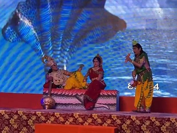 शुरू हुई अयोध्या में फिल्मी सितारों की रामलीला, दूरदर्शन पर लाइव प्रसारण