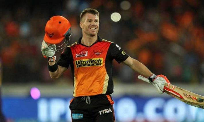IPL-13: विराट कोहली को पछाड़कर IPL में सबसे तेज 5 हजारी बने डेविड वार्नर