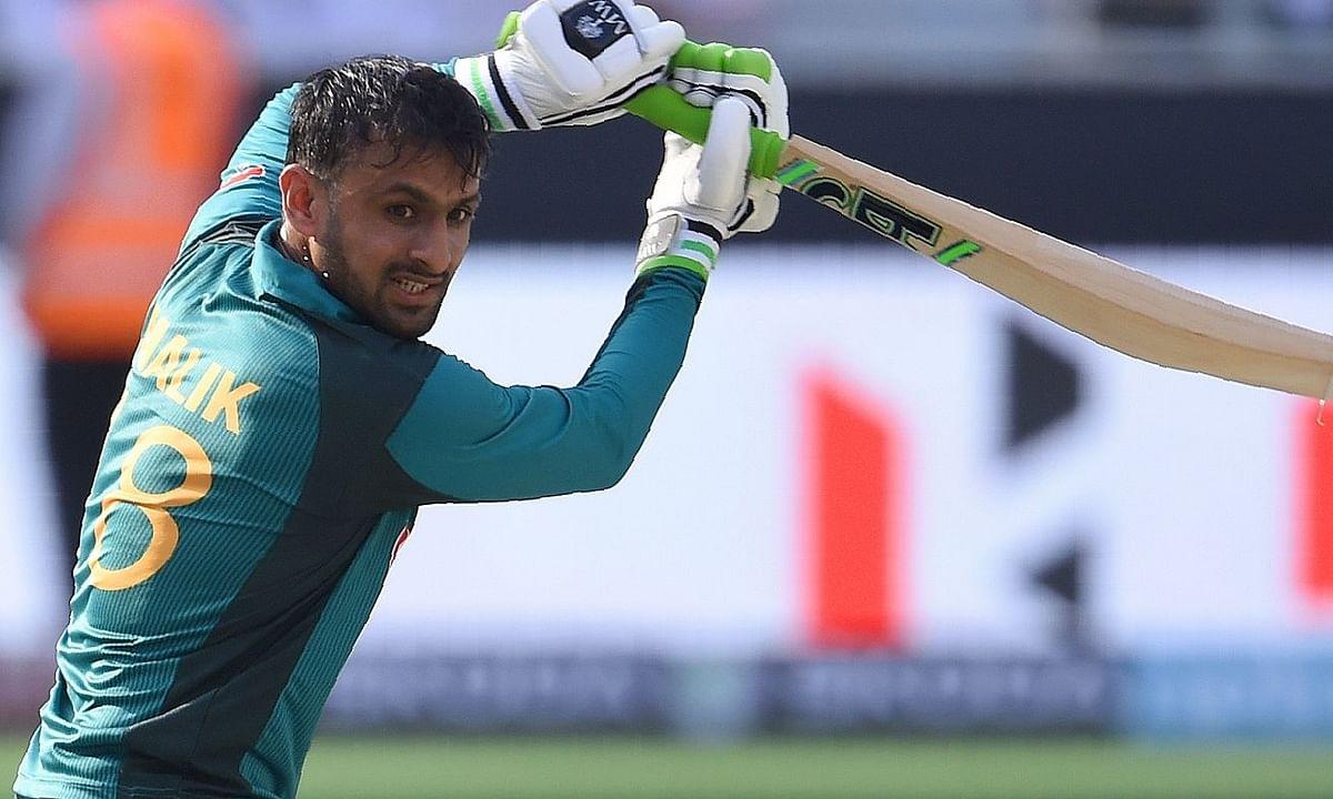 T-20 क्रिकेट में 10,000 रन बनाने वाले तीसरे खिलाड़ी बने शोएब मलिक