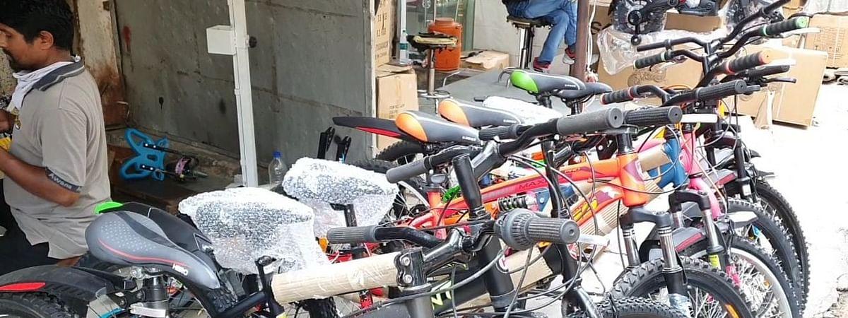 Noida: जल्द शुरू होगी ई साइकिल की सुविधा, कैब की तरह होगी बुकिंग