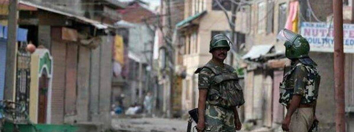 कश्मीर: भाजपा कार्यकर्ता पर आतंकी हमले में जख्मी जवान शहीद