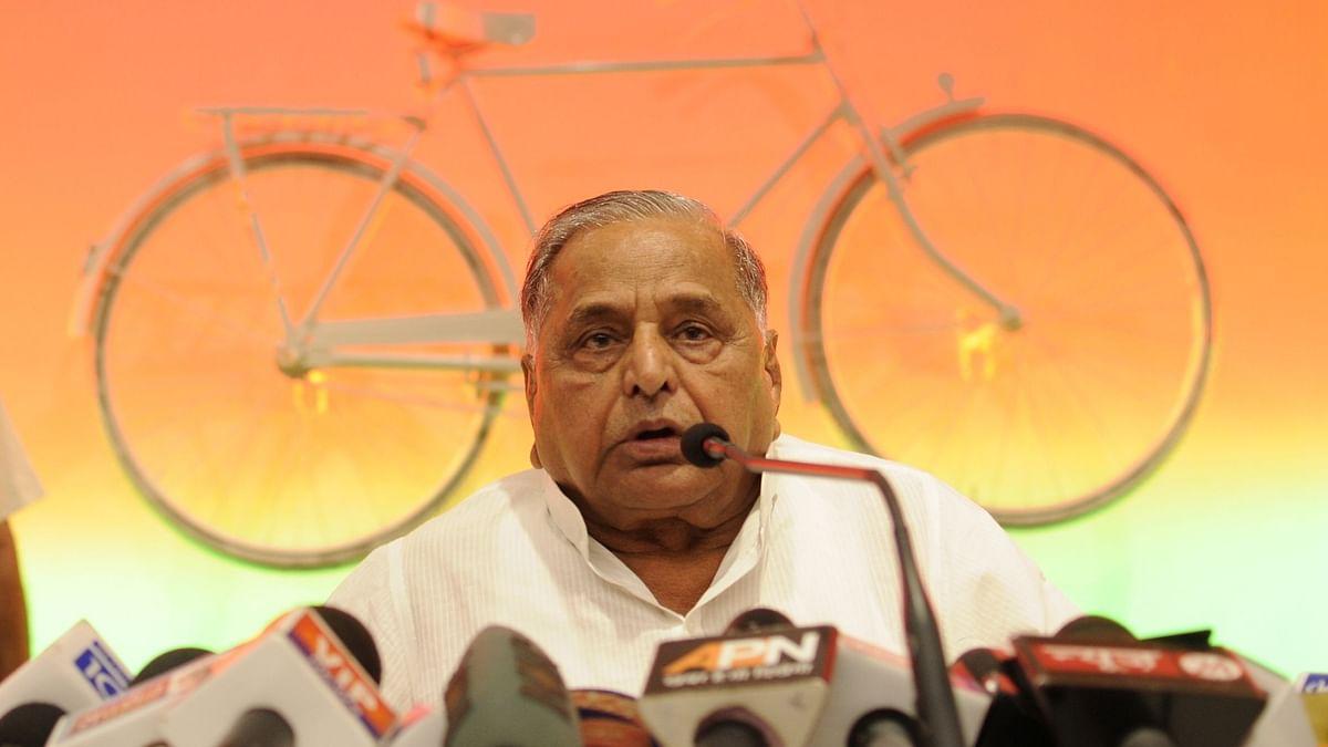 मुलायम सिंह यादव 82 साल के हुए, मुख्यमंत्री योगी ने दी जन्मदिन की बधाई