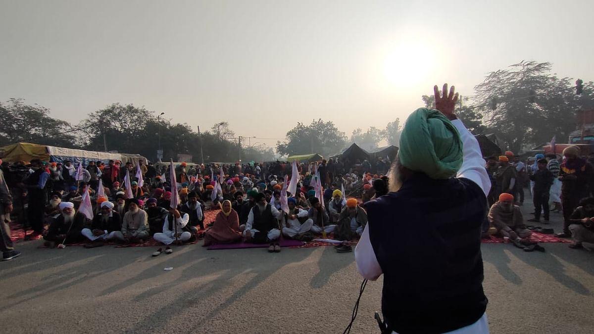 किसानों के प्रदर्शन का 5वां दिन, गुरुपरब के मौके पर शबद, गुरबानी गूंजे