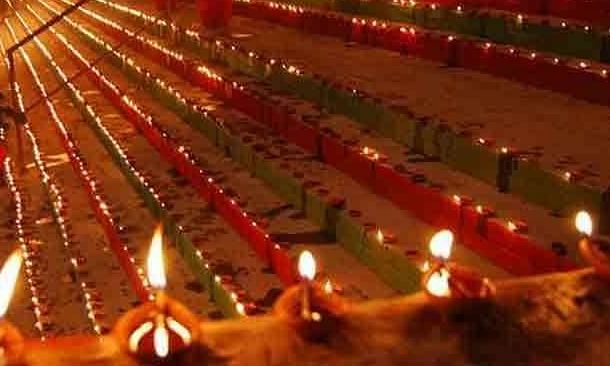 श्री शुभ संस्कार समिति का संकल्प गोमती को स्वच्छ व निर्मल बनाने का, देव दीपावली की पूर्वसंध्या पर प्रज्वलित किए गए 501 दीप
