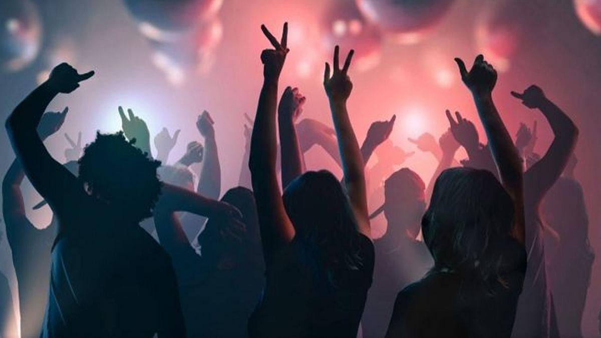 Party का शौक? पर रात में ज्यादा हो गई तो यहां जाने कैसे उतारें हैंगओवर