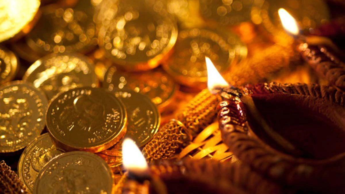 Dhanteras 2020: धनतेरस की शाम सिर्फ 27 मिनट ही है पूजा का शुभ मुहूर्त, जानिए क्या होनी चाहिए पूजा की विधि और मंत्र