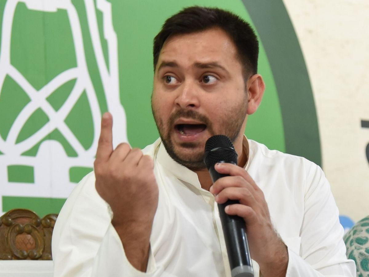 बिहार : शिक्षा मंत्री के इस्तीफे को तेजस्वी ने बताया नौटंकी, मुख्यमंत्री को बताया गुनहगार