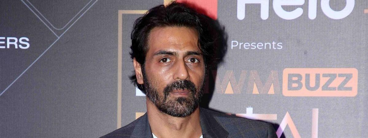 NCB ने ड्रग मामले में अभिनेता अर्जुन रामपाल के ठिकानों पर छापेमारी की
