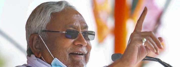 बिहार: नीतीश कुमार आज लेंगे शपथ, तारकिशोर का उप मुख्यमंत्री बनना तय