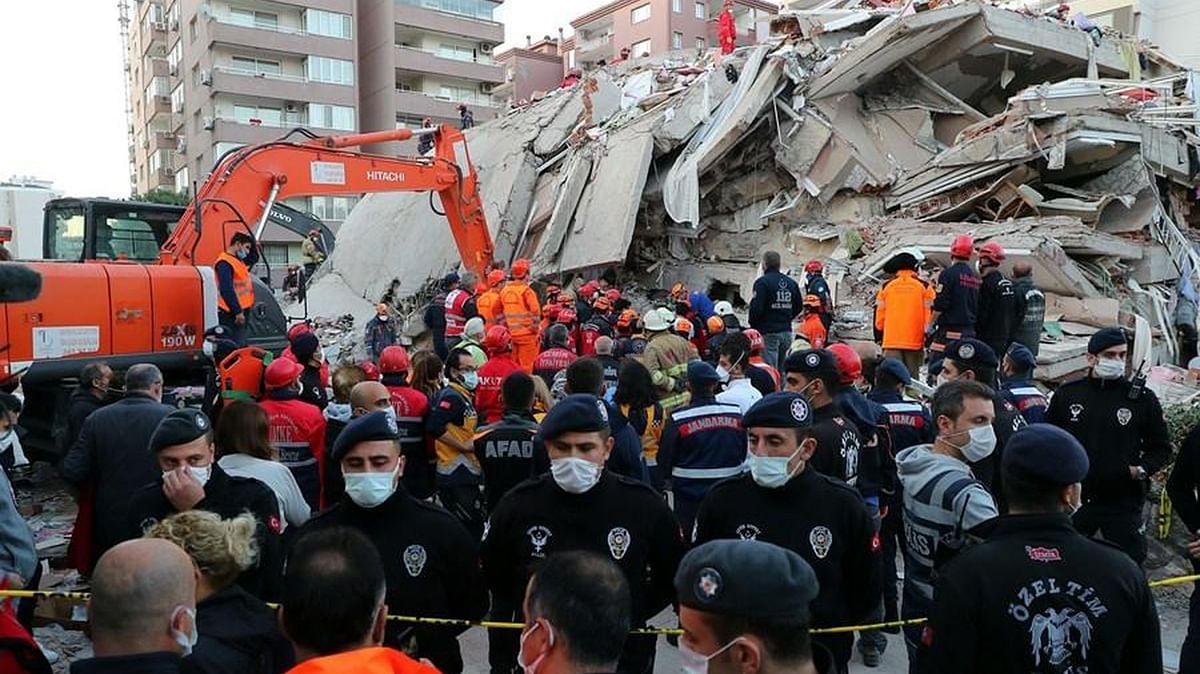 तुर्की : 4 साल की बच्ची को बचाव कर्मियों ने भूकंप के 91 घंटे बाद मलबे से ज़िंदा निकाला... देखें वीडियो
