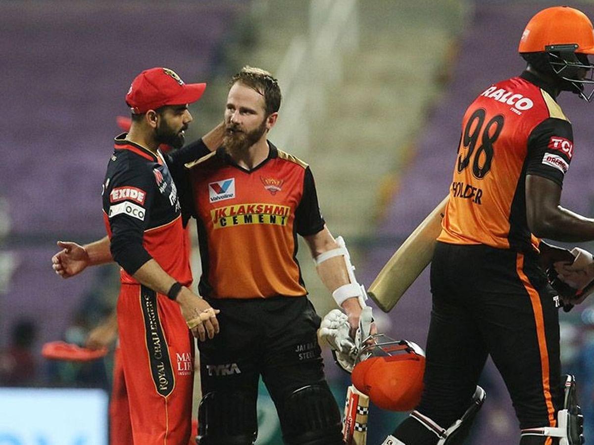 IPL-13: एलिमिनेटर मैच में हैदराबाद ने बैंगलोर को दिखाया बाहर का रास्ता, 6 विकेट से दी मात