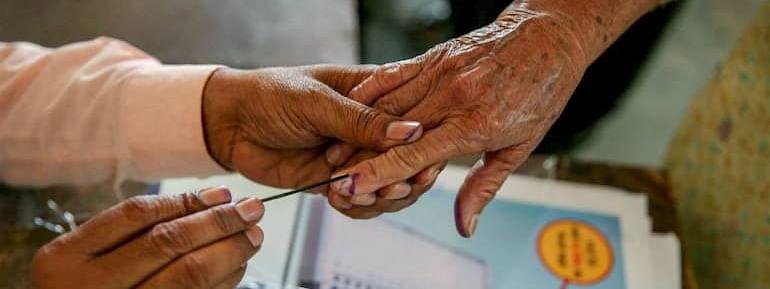 मध्य प्रदेश में मतदान केंद्रों पर छह फुट की दूरी पर होंगे मतदाता