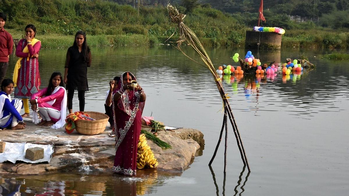 BJP ने झारखंड में सार्वजनिक जगहों पर छठ पूजा के प्रतिबंध का किया विरोध