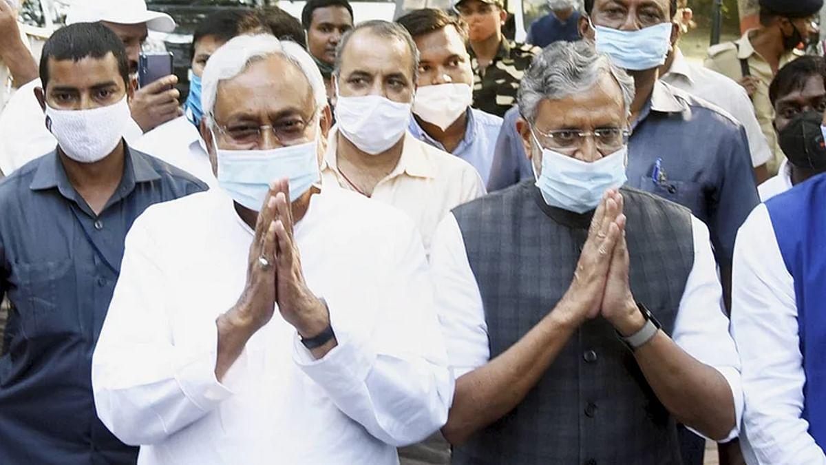 बिहार : नीतीश कल चार बजे लेंगे मुख्यमंत्री पद की शपथ, उपमुख्यमंत्री को लेकर 'सस्पेंस' बरकरार