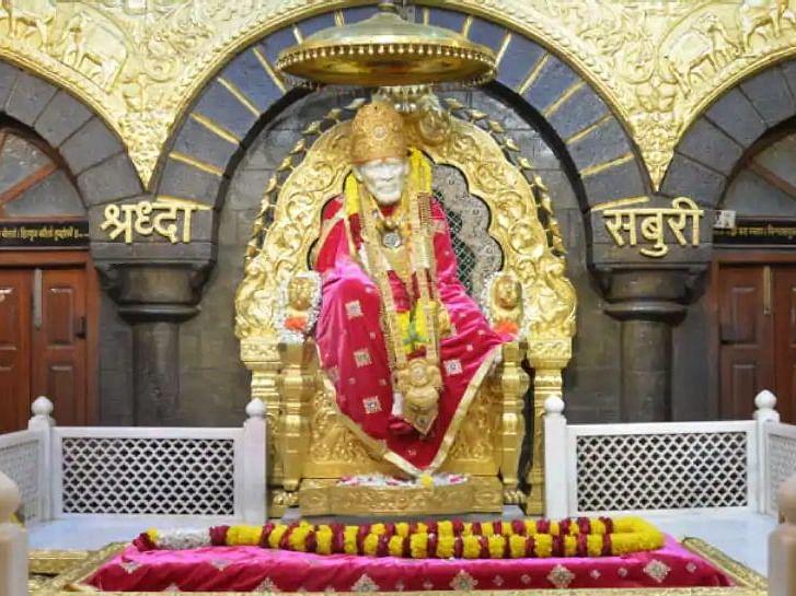 शिरडी मंदिर में ड्रेस कोड न तो नया और ना ही अनिवार्य: श्री साईबाबा ट्रस्ट