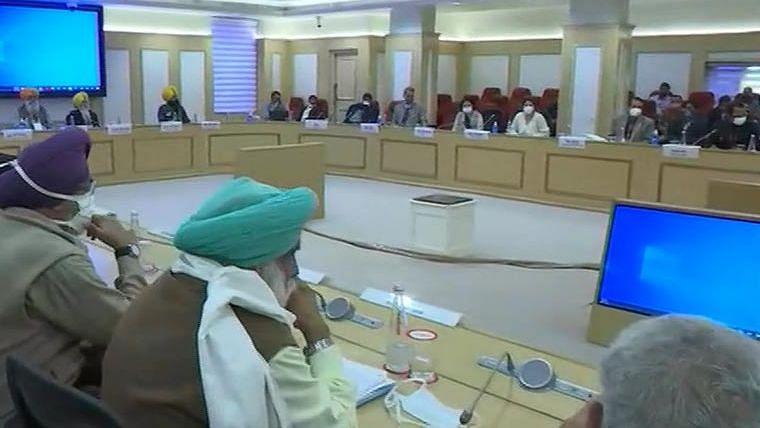 विज्ञान भवन में छठे दौर की वार्ता शुरू, किसान नेता 4 प्रमुख मांगों पर अड़े
