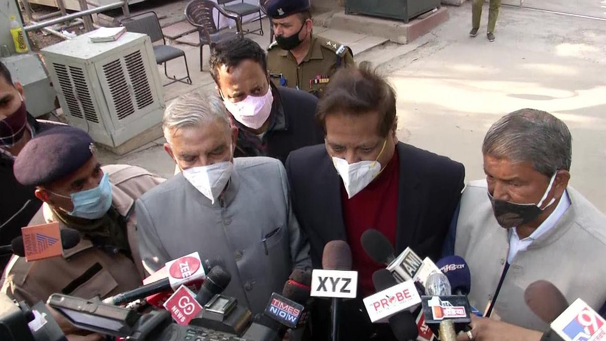 पांच घंटे चली कांग्रेस की बैठक, पवन बंसल बोले-राहुल गांधी के नेतृत्व पर नेताओं में असंतोष नहीं