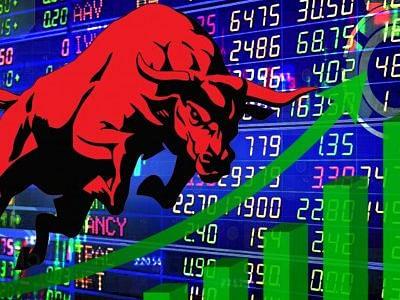शेयर बाजार में फिर लौटी तेजी, रिकॉर्ड उंचाई पर सेंसेक्स - निफ्टी