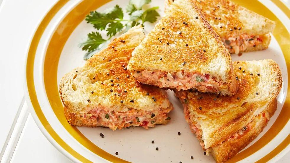 Recipe : दही के सैंडविच (Curd Sandwich )