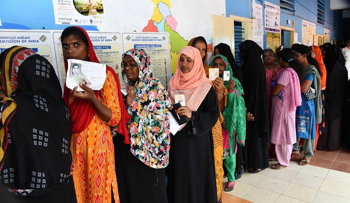 केरल में स्थानीय निकाय चुनाव के तीसरे चरण का मतदान शुरू