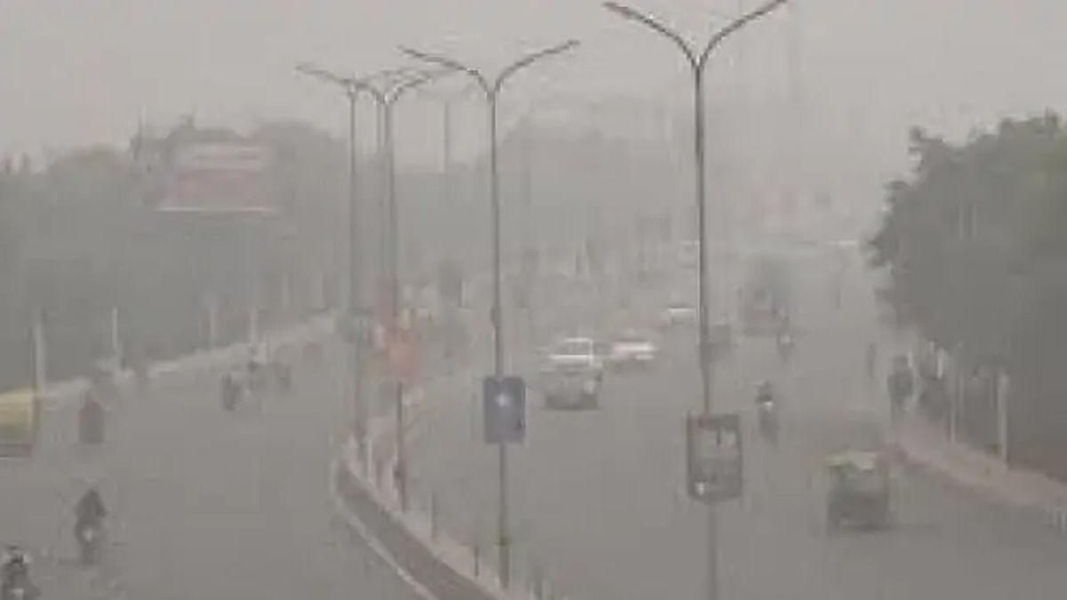 लखनऊ देश का दूसरा सबसे प्रदूषित शहर, हवा हुई जहरीली