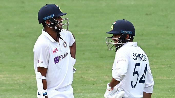 IND vs AUS, STUMPS: शार्दुल और सुंदर की बल्लेबाज़ी से भारत ने बनाए 336 रन, ऑस्ट्रेलिया के पास 54 रनों की बढ़त