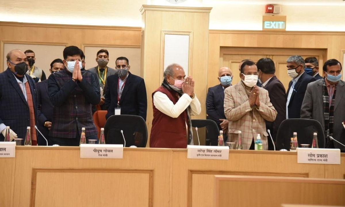 किसानों और सरकार के बीच 11वें दौर की बैठक भी बेनतीजा, अभी अगली वार्ता तय नहीं