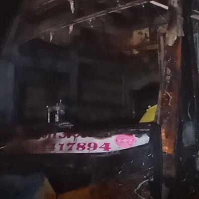 राजस्थान में हाईटेंशन तार की चपेट में आने से बस में लगी आग, 6 की मौत