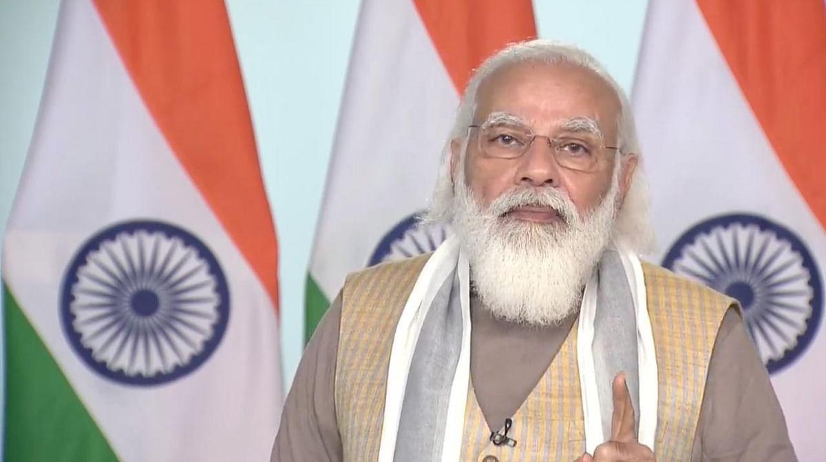 PM मोदी ने यूपी में 6.10 लाख लाभार्थियों को जारी की आवास योजना की किस्त