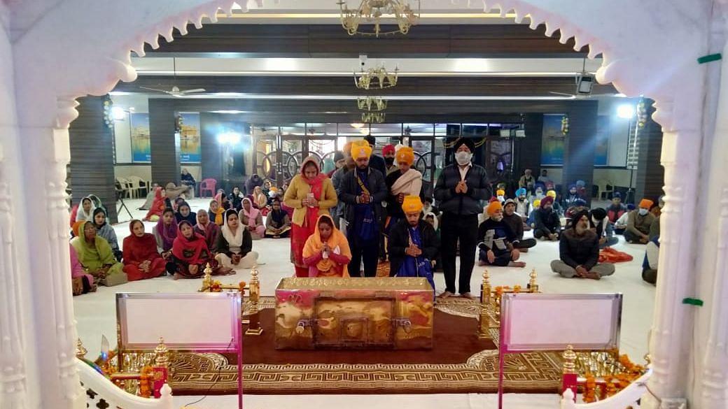 लखनऊ: गुरूद्वारा आलमबाग में गुरूगोविन्द सिंह महाराज 364वां का प्रकाश पर्व