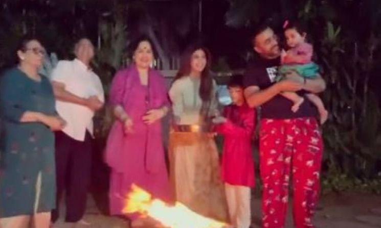 परिवार संग लोहड़ी मनाती दिखीं शिल्पा शेट्टी, शेयर किया सेलिब्रेशन वीडियो