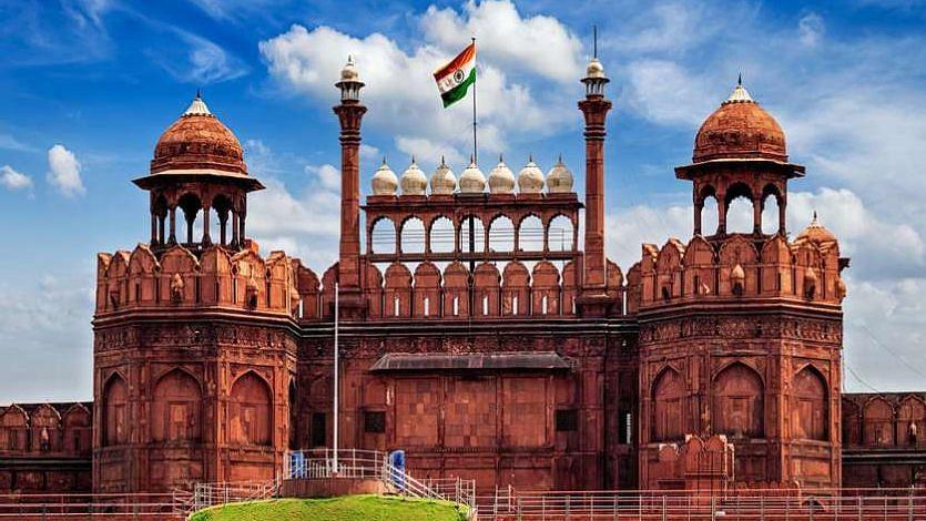 दिल्ली: लाल किले में मृत कौओं में बर्ड फ्लू की पुष्टि, 26 जनवरी तक पर्यटकों के लिए रहेगा बंद