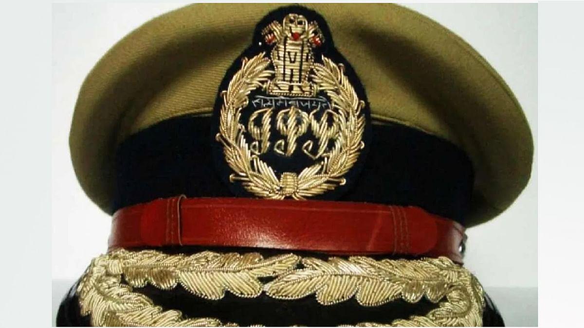UP : छह IPS और 31 PCS अधिकारियों के तबादले, विवादों में रहे लक्ष्मी मिश्रा पहुंचे PAC