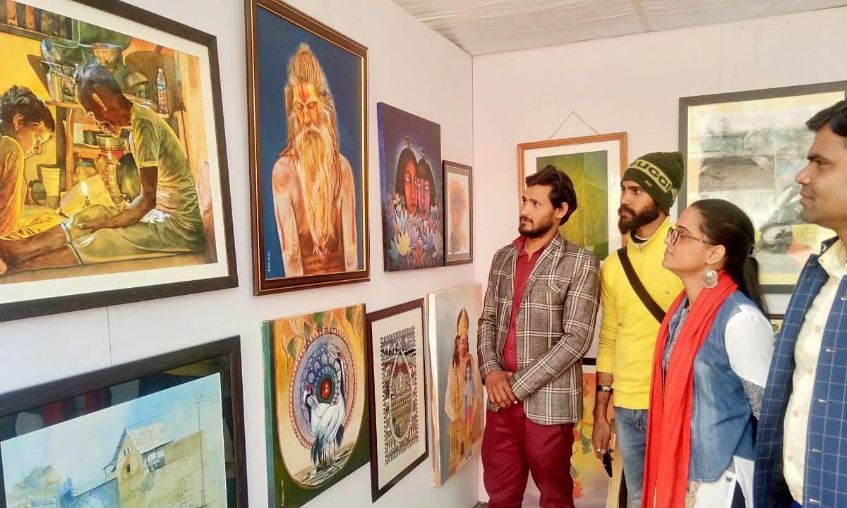लखनऊ: राज्य ललित कला अकादमी के 60वें स्थापना दिवस पर छतर मंजिल में हुआ कला रंग महोत्सव का शुभआरंभ