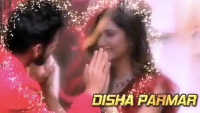 Bigg Boss 14: दिशा परमार (Disha Parmar) और राहुल वैद्य (Rahul Vaidya) का यह वीडियो खूब वायरल हो रहा है.
