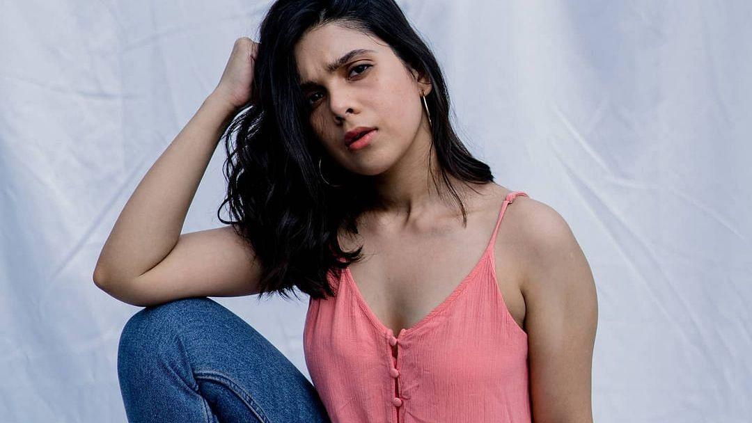 रश्मि अगडेकर स्टारर वेब शो 'देव डी डी' में लेस्बियन के किरदार में