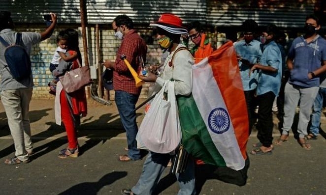 IND vs ENG: भारत में एक साल बाद स्टेडियम में लौटे दर्शक