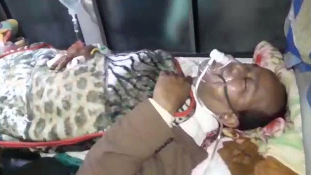 बंगाल के मंत्री जाकिर हुसैन पर ट्रेन पकड़ते वक्त बम से हमला, CID करेगी मामले की जांच