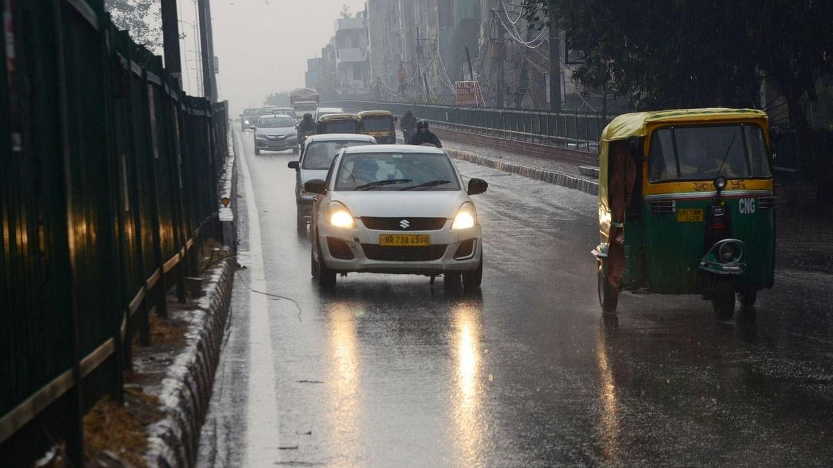 दिल्ली NCR और उत्तर भारत में मौसम ने ली करवट